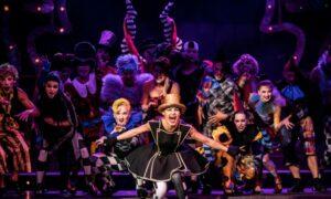 Wielka czwórka – czyli co słychać w teatrze
